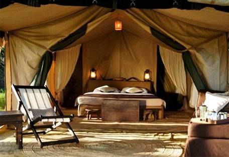 sunsafaris-8-dunia-camp.jpg