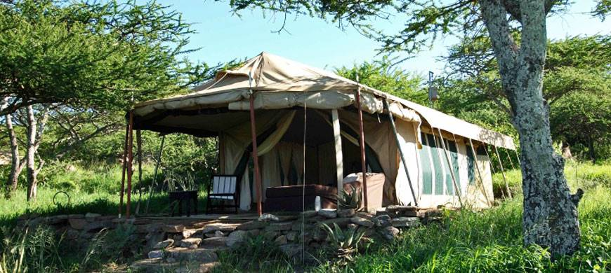 sunsafaris-2-dunia-camp.jpg
