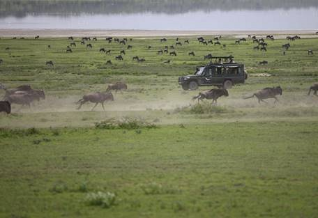 sunsafaris-1-andbeyond-grumeti-serengeti-tented-camp.jpg