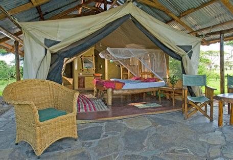 456c_ikoma-bush-camp-exterior-bed.jpg