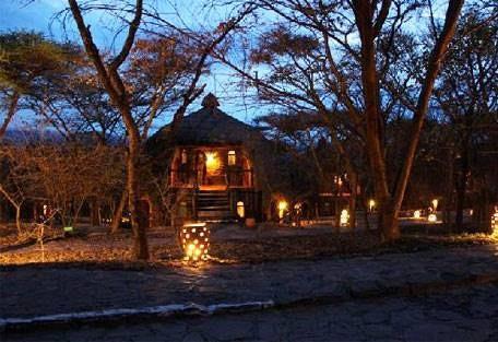 sunsafaris-12-andBeyond-Klein's-Camp.jpg