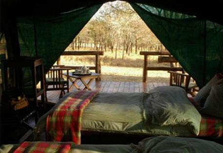 03-twin-tent.jpg