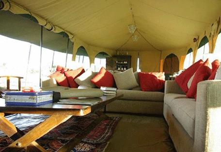 456b_lemala-mara-camp_lounge.jpg