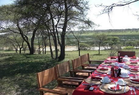 sunsafaris-3Lemala_ndutu_mobile_Tented_Camp.jpg