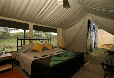 456b_ndutu-under-canvas-tented-camp_bedroom.jpg