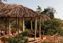 456a_nomad-lamai-camp_lounge-exterior.jpg
