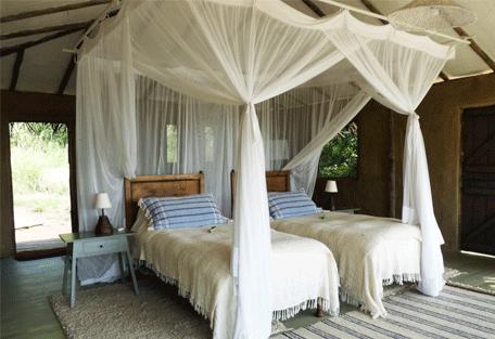 456c_nomad-lamai-camp_bedroom.jpg