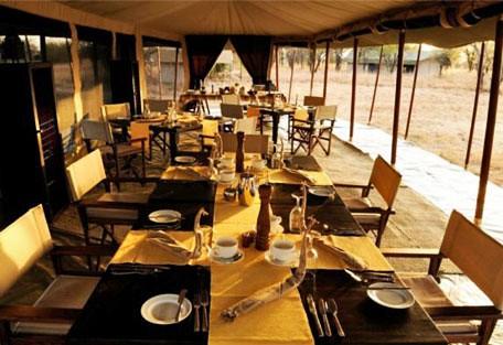 f04-dining.jpg