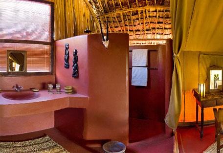 456e_olduvai_bathroom.jpg