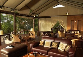 03-lounge.jpg