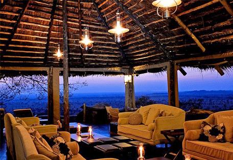456d_serengeti-pioneer-camp_lounge.jpg