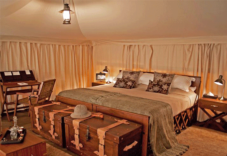 456c_serengeti-pioneer-camp_bedroom.jpg