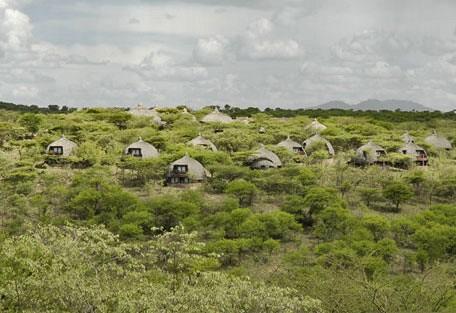 b02-huts.jpg