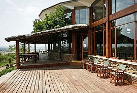456a_simbalodge_deck.jpg