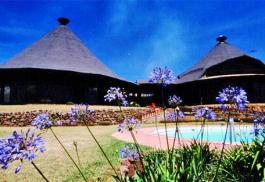 456a_serengeti-sopa-lodge-outdoor-room.jpg