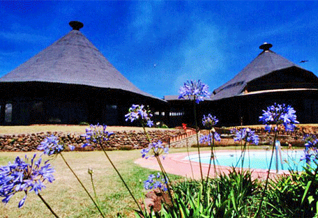 456a_serengeti-sopa-lodge-outdoor-room.jpg