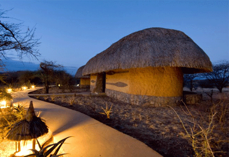 456g_serengeti-sopa-lodge-lodge-exterior-night.jpg