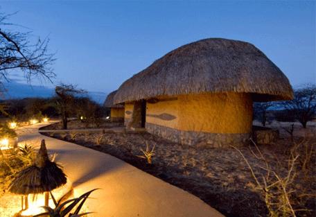 456g_serengeti-sopa-lodge-lodge-exterior-night.jpg
