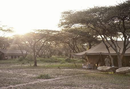 sunsafaris-2-serengeti-south.jpg