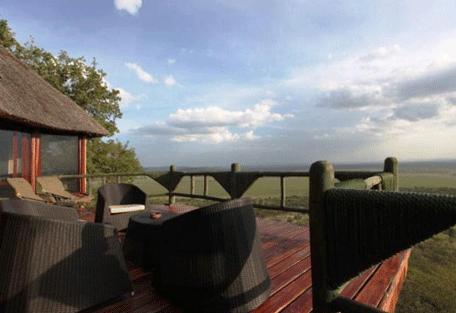 456e_soroi-serengeti-lodge-outdoor.jpg