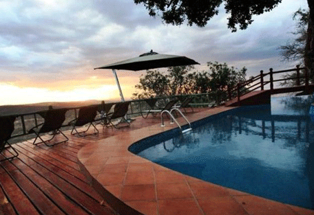 456f_soroi-serengeti-lodge-pool.jpg
