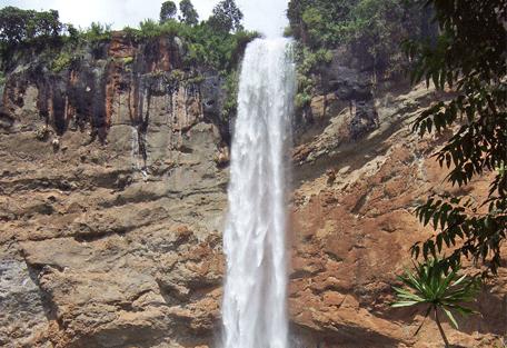 456a_uganda-safaris_sipi-fa.jpg