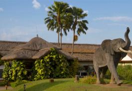456a_mweya-safari-lodge.jpg