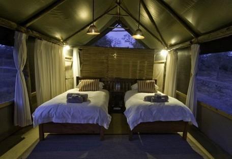 456-5-lufupa-tented-camp.jpg