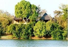 456-1-Mu-Fungata-safari-lodge.jpg