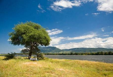 sunsafaris-7-lower-zambezi-national-park-safari.jpg