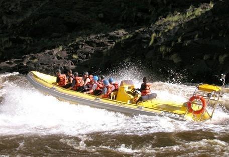 zambia-jetboat-wilderness.jpg