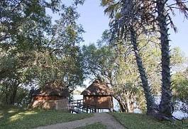 456-1-chundukwa-river-lodge-bee-eater-chalet-upper-zambezi-zambia.jpg