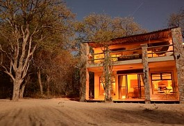 sunsafaris-1-camelthorn-lodge.jpg