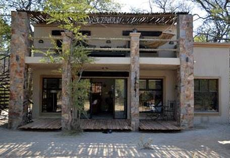 sunsafaris-12-camelthorn-lodge.jpg