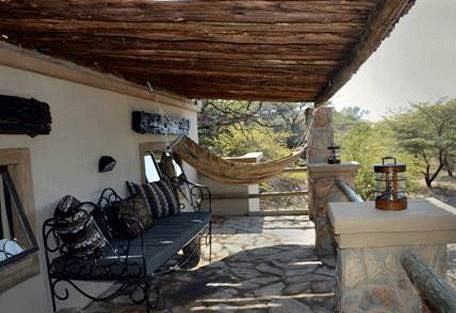 sunsafaris-13-camelthorn-lodge.jpg