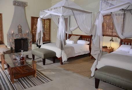 sunsafaris-3-camelthorn-lodge.jpg