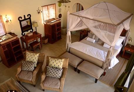 sunsafaris-5-camelthorn-lodge.jpg