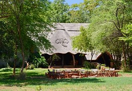 sunsafaris-1-ivory-lodge.JPG