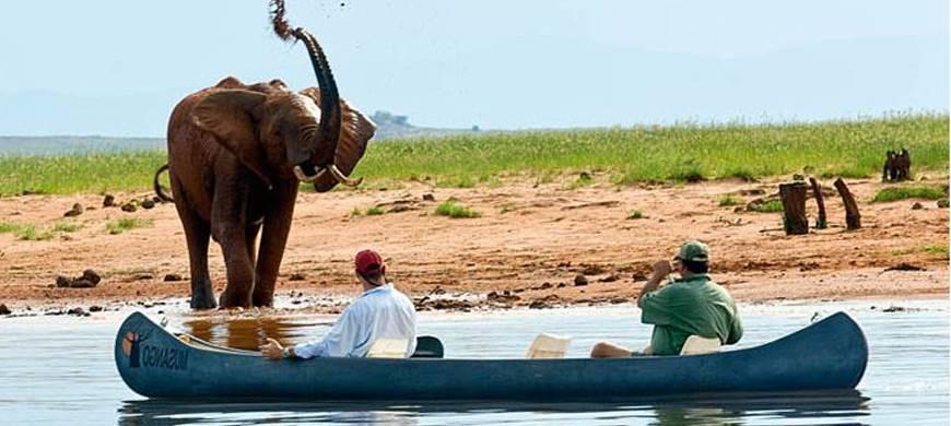 sunsafaris-1-lake-kariba.jpg