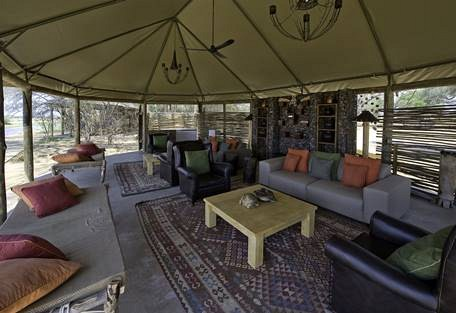 sunsafaris-18-rukomechi-camp.jpg