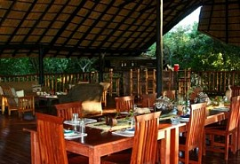 sunsafaris-1-vunda-tented-camp.jpg