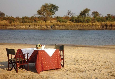 lunch-river-bed.jpg