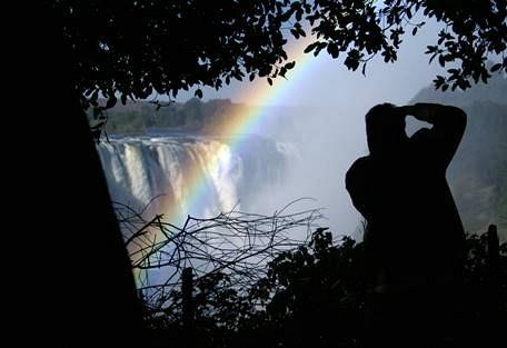sunsafaris-11-victoria-falls.jpg
