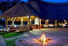 sunsafaris-1-azambezi-river-lodge.jpg