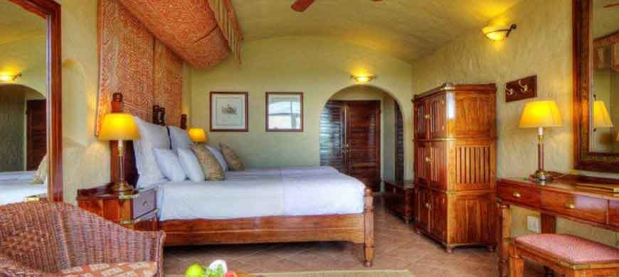 1-chobe-game-lodge.jpg