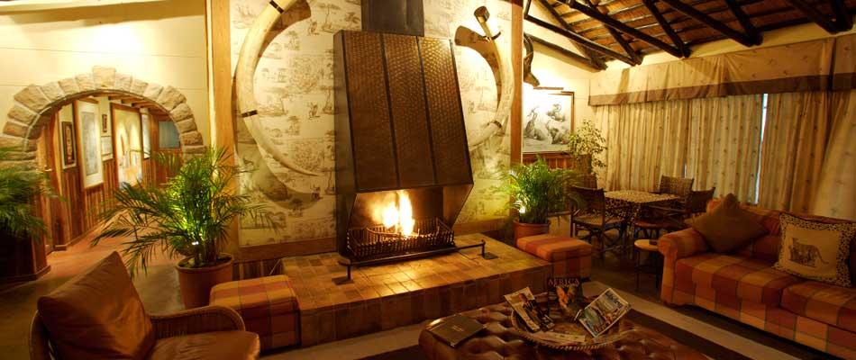870_africandefinitive_lounge.jpg