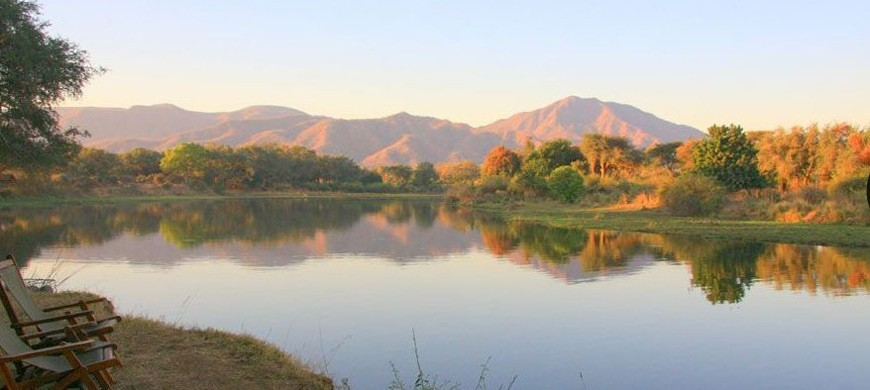 4-chongwe-river-camp.jpg