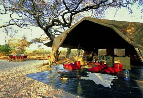 456-3-lounge-tent.jpg