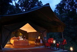 02-guest-tent-exterior.jpg