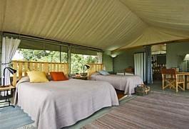 06-guest-tent-interior-doub.jpg